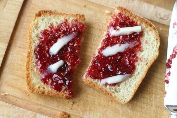 toast with raspberry jam