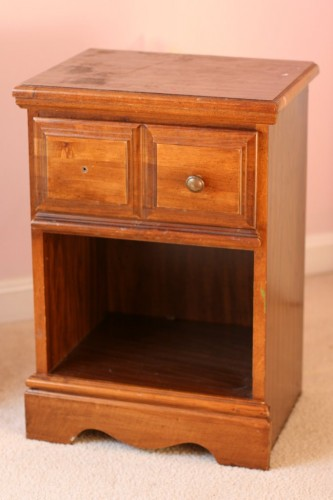 freecycle nightstand