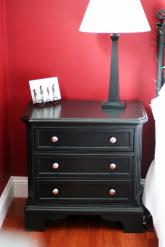 want to see my new black nightstands the frugal girl