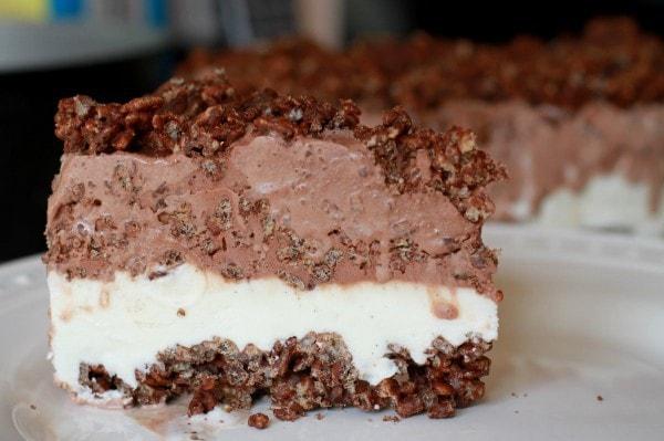 homemade ice cream crunch cake