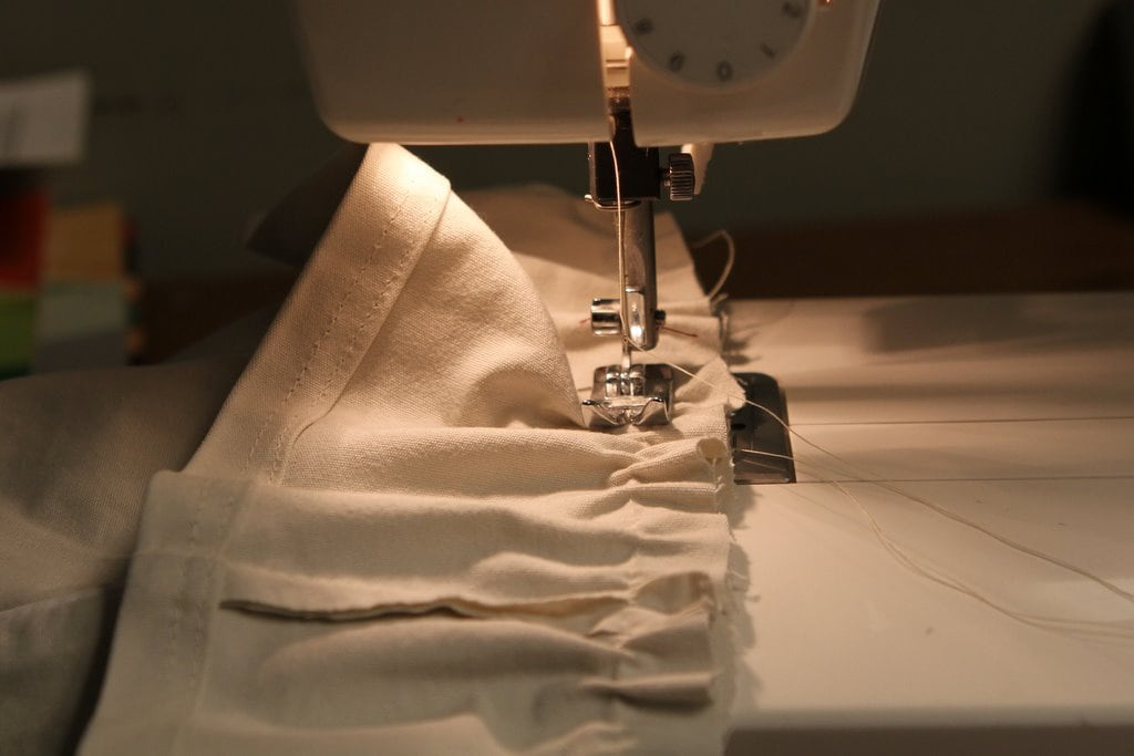 Want To Save Big Money With Your Sewing Skills Learn To Mend The Inspiration Big Lots Sewing Machine