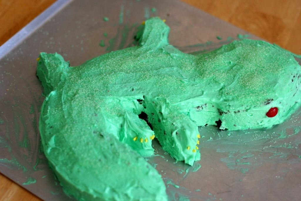 By request: Joshua\'s gecko cake - The Frugal Girl