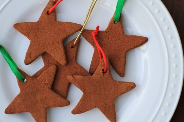 how to hang cinnamon applesauce ornaments