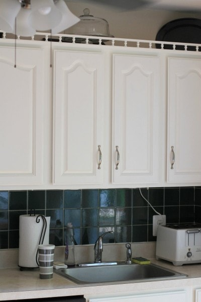 benjamin moore cloud white cabinets