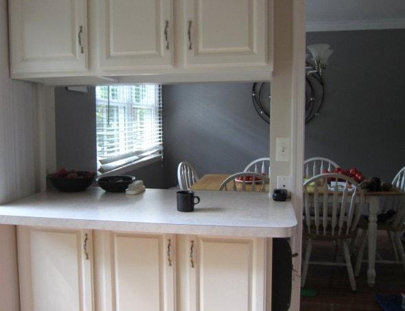 White kitchen cabinets.
