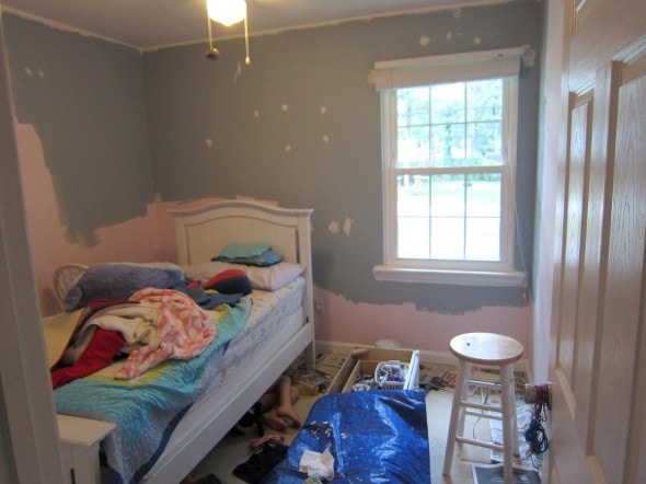 lisey's room during painting