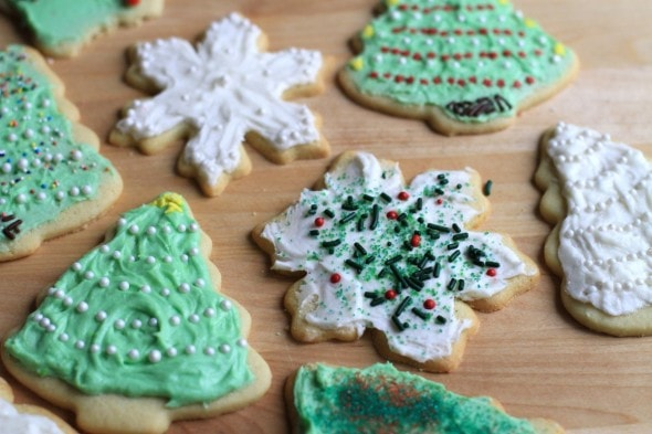 Rolled Cut-Out Christmas Sugar Cookies - The Frugal Girl