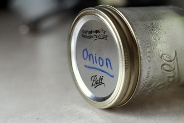 store onion in mason jar