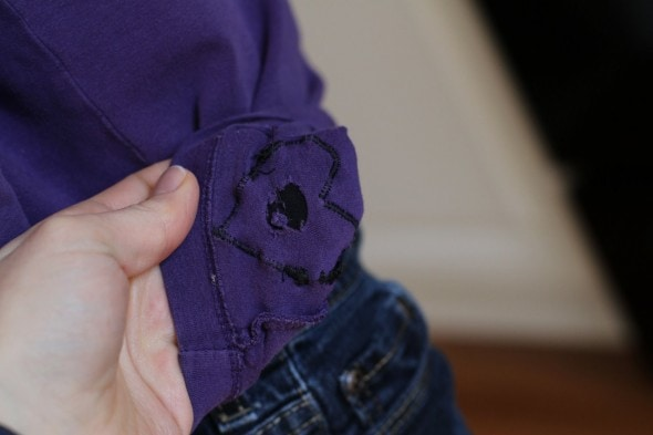 how to fix a hole in knit shirt