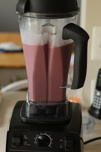blueberry peach vitamix smoothie