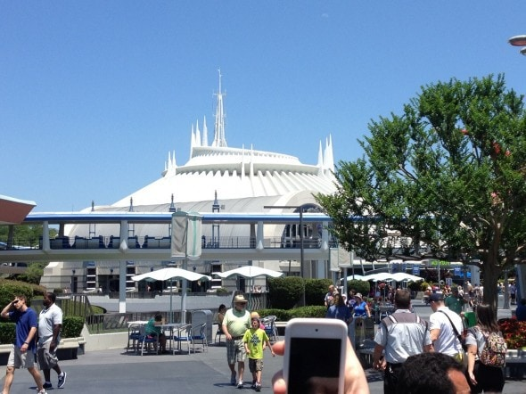 space mountain disney world