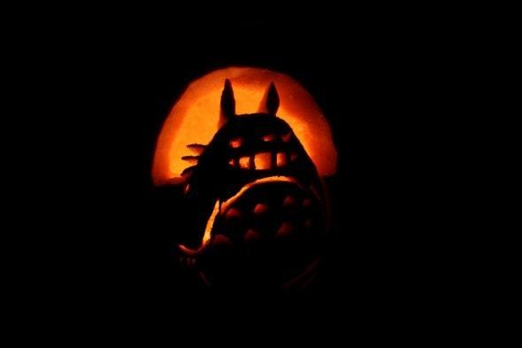 totoro carved pumpkin