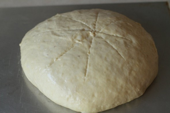 slash risen bread dough