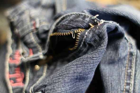 how to fix a broken zipper | cut bottom
