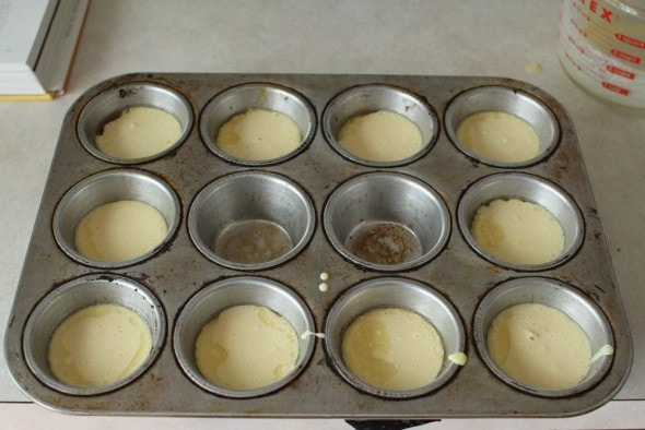 popover batter in muffin tin