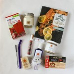 I'm giving away a box of my favorite summer things (Travelwee included!)