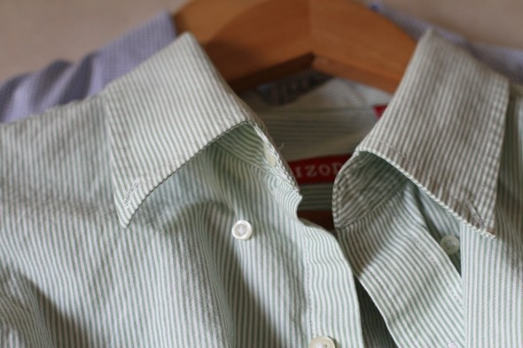 unbutton collar buttons before washing
