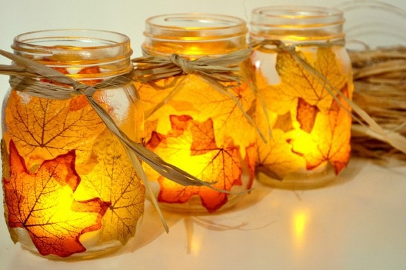 10 Classy Fall Crafts - Leaf Candle Holder