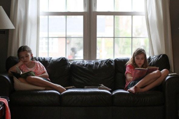 Sonia and Zoe reading