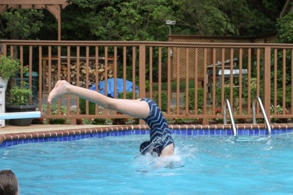diving swimming pool