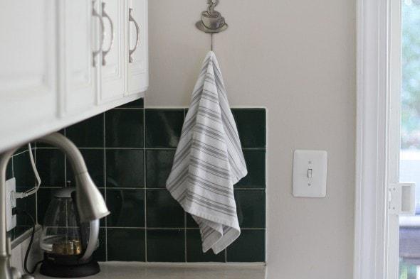 grove collaborative kitchen towel