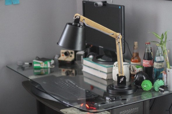 tomons desk lamp