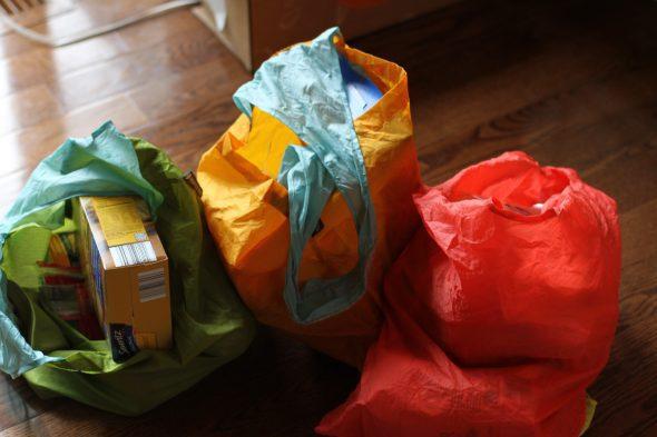 Aldi groceries in reusable bags