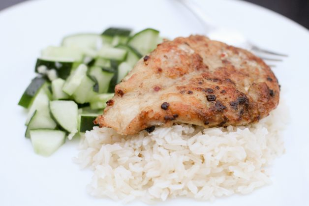 Dinnerly chicken and rice with cucumber salad