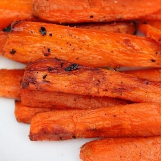 Easy, ridiculously good roasted carrots
