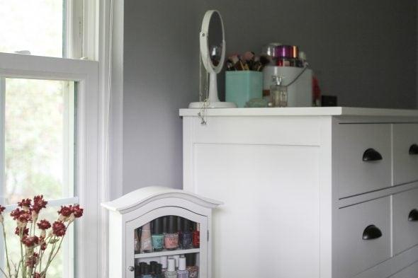 Advance cloud white furniture paint