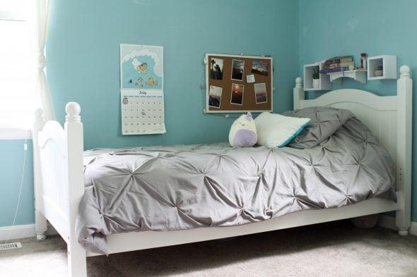 Zoe's bed white