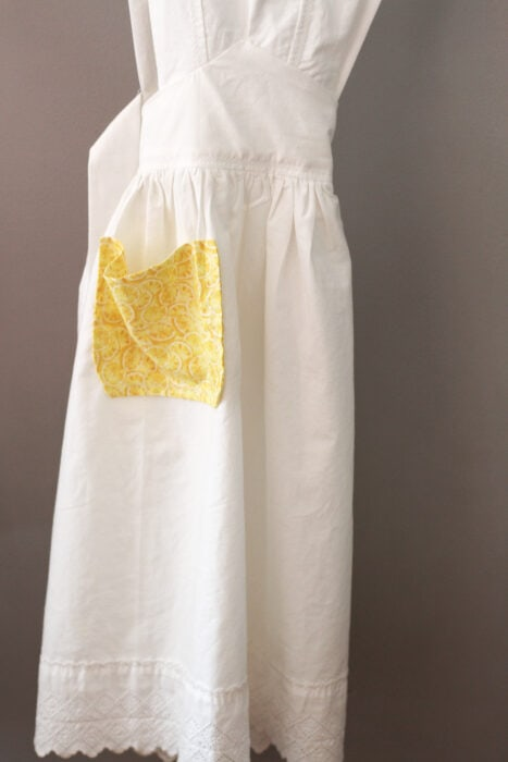 vintage 1940 apron made from sheet