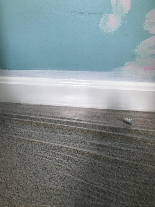 white molding paint