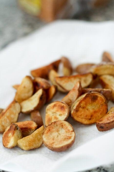 mga wedge ng patatas