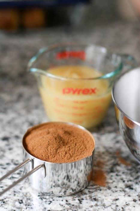 Cinnamon Applesauce ingredients