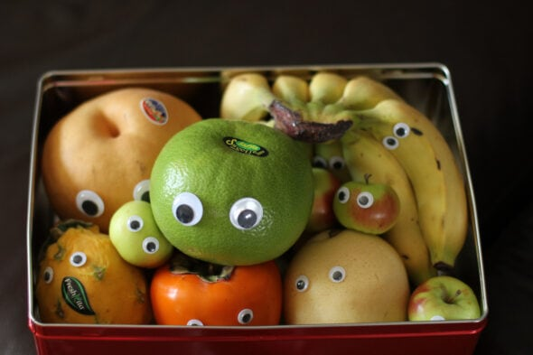 googly eye fruit