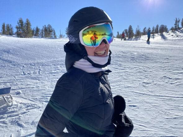 Kristen skiing