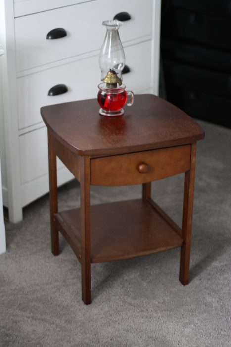 Facebook Marketplace secondhand side table