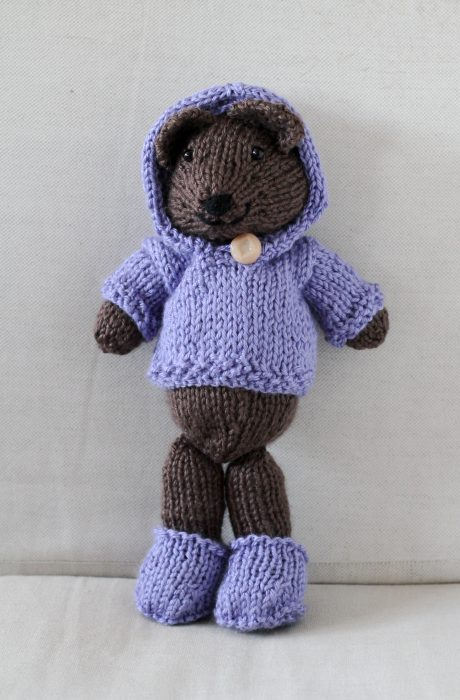 knitted bear with hoodie