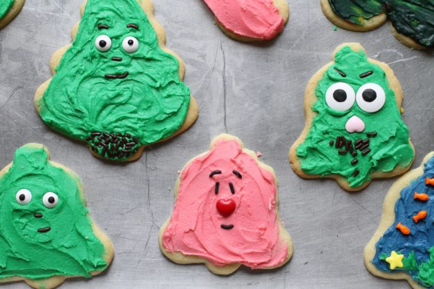 red-nosed Christmas cookie