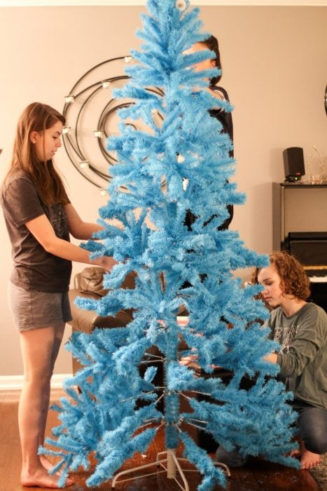 Lisey and Sonia with a blue Christmas tree