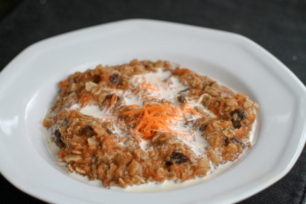 How to make DIY instant microwave oatmeal for one - The Frugal Girl