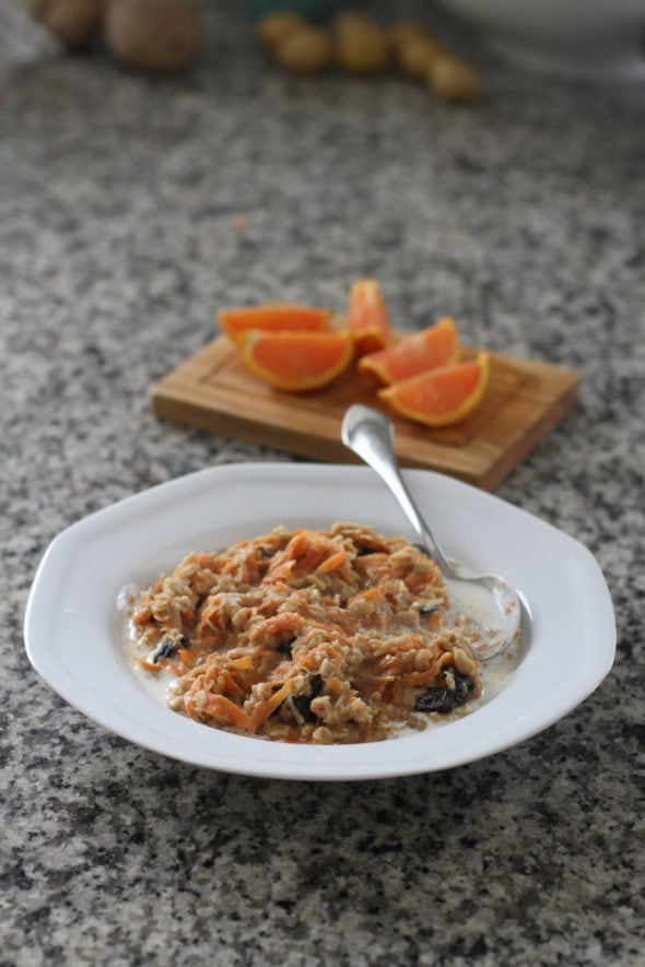 Carrot oats with citrus fruit.