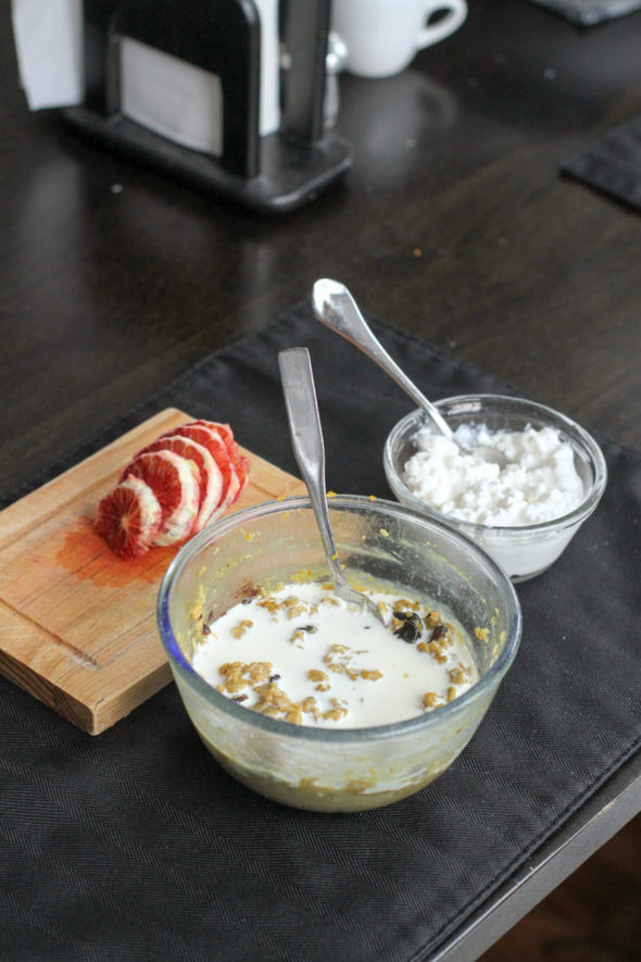Oatmeal with cottage cheese and a blood orange.