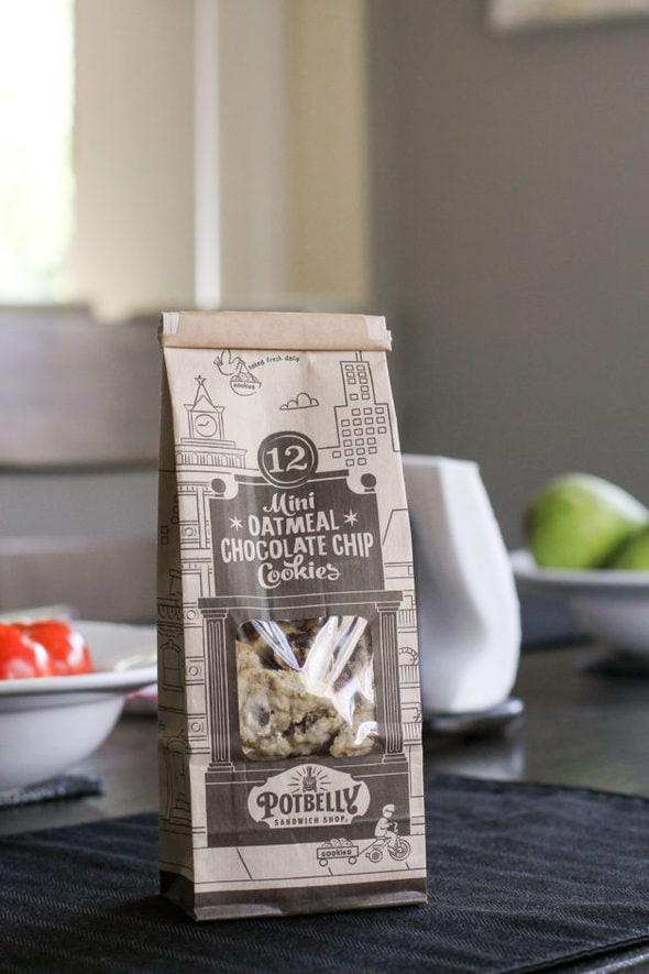 A bag of Potbelly mini cookies.