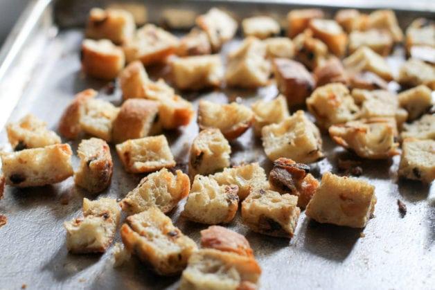 garlic ciabatta croutons